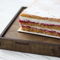 Торт МОРКОВНЫЙ с малиной и сливочным кремом